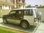 Mitsubishi PAJREO, nov 2007, 35000kms graphite black single hand driven